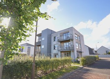 Thumbnail 3 bed flat for sale in Weir Street, Stirling