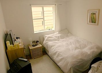 Room to rent in Plough Way, Surrey Quays SE16