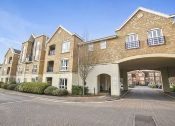 Thumbnail 3 bedroom flat for sale in Complins Close, Oxford