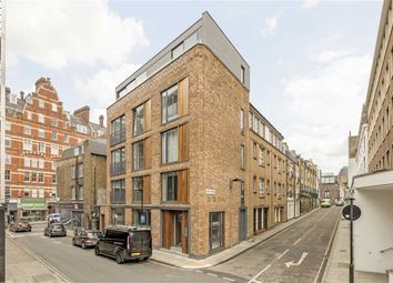 Thumbnail 2 bed flat to rent in Roger Street, London