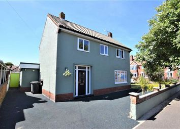 Thumbnail 4 bed property for sale in Lumley Crescent, Skegness