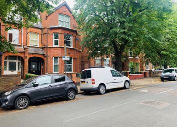 Park Avenue, Willesden Green NW2. Studio to rent