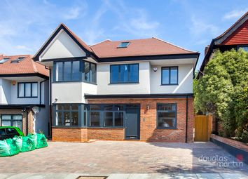 Thumbnail 6 bed detached house for sale in Vaughan Avenue, London