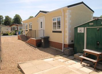 Thumbnail 2 bedroom mobile/park home for sale in Centre Road, Willows Riverside Park, Windsor