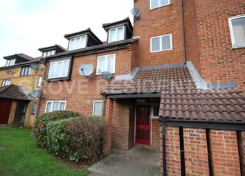Thumbnail 1 bedroom flat for sale in Springwood Crescent, Edgware, Greater London.