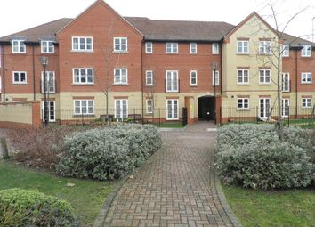 Thumbnail 1 bed flat to rent in Regal Close, Abingdon