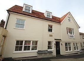 Thumbnail Cottage to rent in Adelaide Place, Canterbury