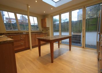 Thumbnail 2 bed flat to rent in Dulwith Rd, Herne Hill