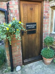 Thumbnail 3 bed cottage to rent in High Strret, Woodford Halse, Daventry