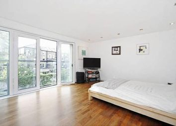 Thumbnail Room to rent in Stane Grove, Clapham Junction, London
