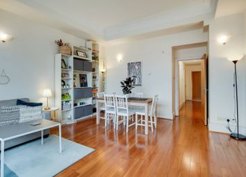 Thumbnail 2 bed flat to rent in Rosebery Avenue, Clerkenwell, London