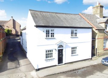 4 bed link-detached house for sale in Horslow Street, Potton SG19