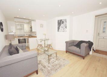 Coldharbour Lane, Brixton, London SE5. 1 bed flat