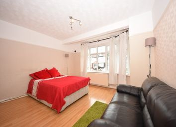 Thumbnail 6 bed terraced house to rent in Denham Drive, Gants Hill