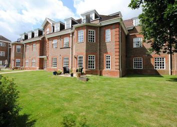 Thumbnail 2 bed flat for sale in 16 Ravens Court, Benningfield Gardens, Berkhamsted, Hertfordshire