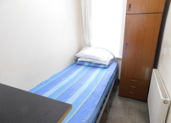 Thumbnail Room to rent in Wellesley Road, Slough