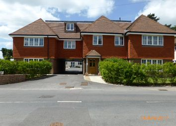 Thumbnail 2 bed flat to rent in Chequers Lane, Tadworth