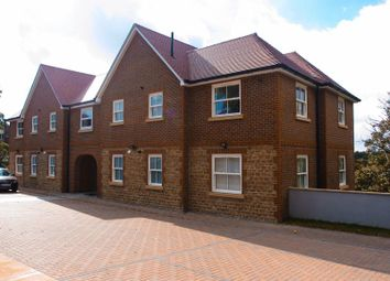 Thumbnail 2 bed flat to rent in Godalming, Surrey