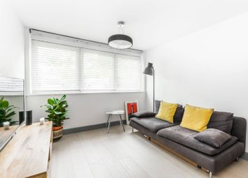Thumbnail 1 bed flat for sale in Connaught Avenue, Chingford