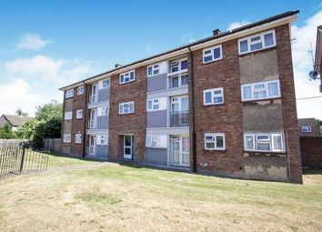 Thumbnail 2 bed flat for sale in Drayton Road, Luton, Bedfordshire