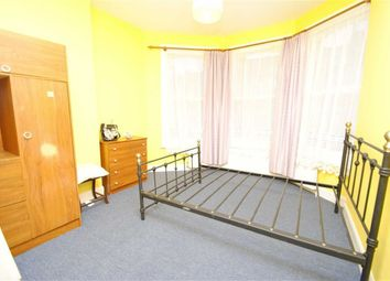 Thumbnail Property to rent in Hampden Road, London