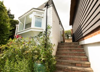 Henley Road, Playhatch, Reading RG4. Studio to rent          Just added
