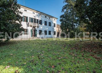 Thumbnail 5 bed villa for sale in Mirano, Venice, Veneto, Italy