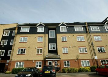Thumbnail 2 bed flat to rent in Longman Court, Apsley, Hemel Hempstead