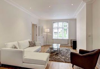 Thumbnail 1 bed flat to rent in Ravenscourt Park, Hamlet Gardens, Acton