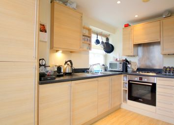Thumbnail 1 bed flat to rent in Shepperton Road, Canonbury