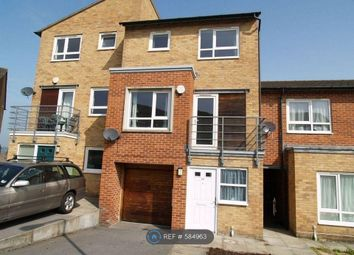 4 bed terraced house to rent in Park Grange Court, Sheffield S2