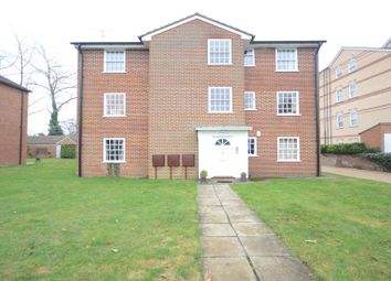 Thumbnail 2 bedroom flat to rent in Fairmile, Henley-On-Thames
