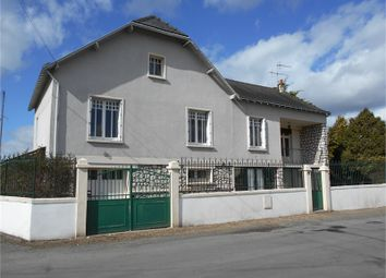 Thumbnail 5 bed property for sale in Pays De La Loire, Maine-Et-Loire, Saumur