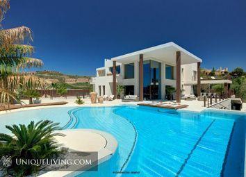 Thumbnail 6 bed villa for sale in Benahavis, Costa Del Sol, Spain
