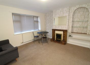 3 bed semi-detached house to rent in Renfrew Walk, Coventry, West Midlands CV4