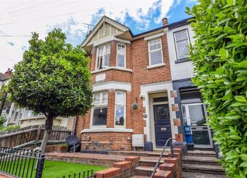 Canewdon Road, Westcliff-On-Sea, Essex SS0. 3 bed terraced house