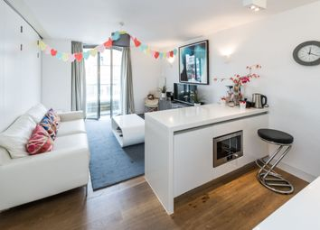 Thumbnail 2 bed flat to rent in Picton Place, London