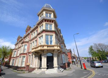 Thumbnail 1 bed flat to rent in Windsor Road, Barry