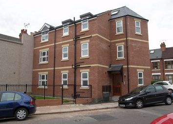 Thumbnail 2 bedroom flat to rent in Aston Court, Poplar Road, Earlsdon, Coventry, West Midlands