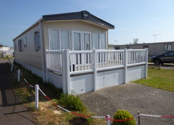 2 bed mobile/park home for sale in Lakeview, Bentley Country Park, Great Bentley, Colchester, Essex CO7