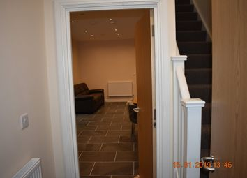 Thumbnail 3 bed flat to rent in 28 Colum Road, Cardiff