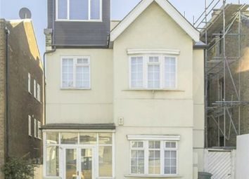 Thumbnail 2 bed flat for sale in Finchley Lane, London