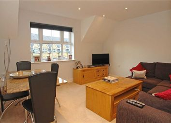 Thumbnail 1 bed flat to rent in Frognal Rise, London