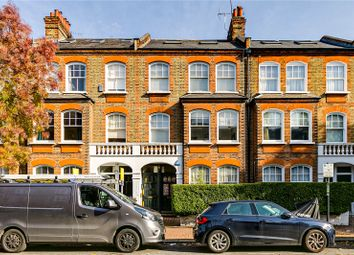 2 bed maisonette for sale in Albert Bridge Road, London SW11