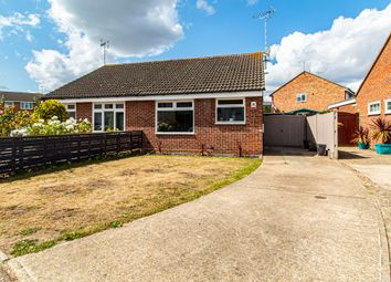 Rockall, Eastwood SS2. 2 bed semi-detached bungalow