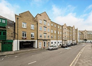 Thumbnail 2 bed flat to rent in Dunbar Wharf, Limehouse, London