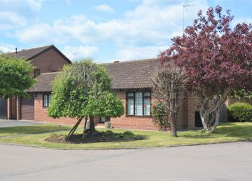 Thumbnail 3 bed bungalow for sale in Wheatfields, Didcot