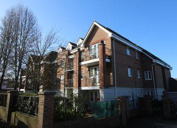 Wildern Lane, Hedge End, Southampton SO30. 2 bed flat