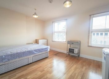 Thumbnail Studio to rent in Regents Park Road, Finchley