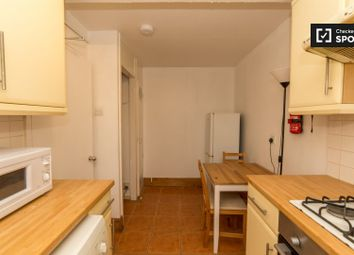 3 bed property to rent in Portia Way, London E3